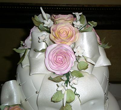 Karinas Cakes, wedding cakes, quinceañera cakes, sweet 15 cakes, baby